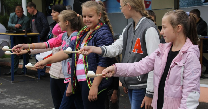Больше 6 тысяч детей и подростков Колымы будут посещать летние пришкольные площадки