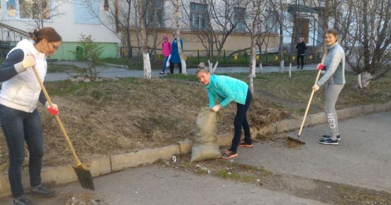 В областном центре продолжается Месячник чистоты