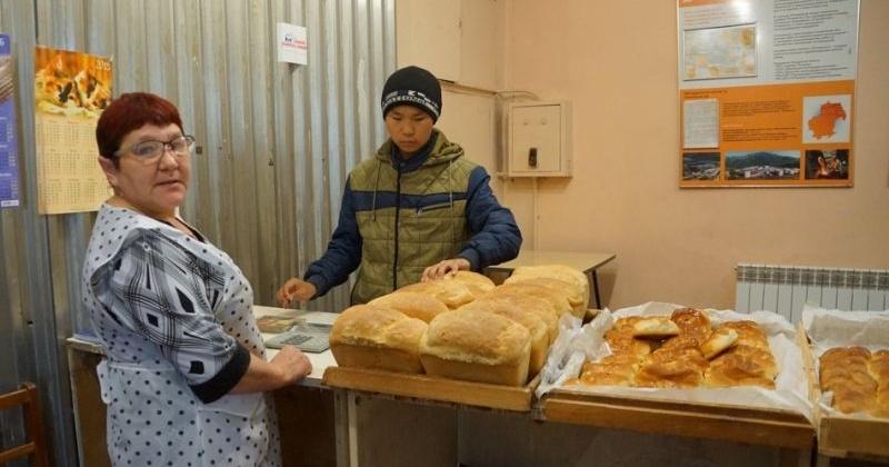 Игорь Донцов приобрел оборудование для пекарни поселка Эвенск