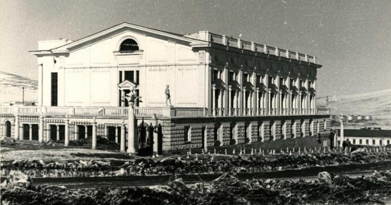 63 года назад открылся магаданский Дворец спорта, построенный по проекту архитектора А В. Машинского