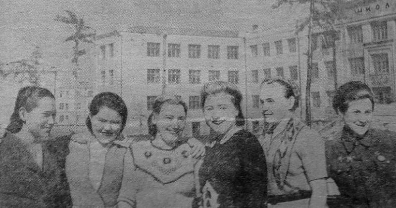 72 года назад в Магадан на пароходе «Феликс Дзержинский» прибыл двухтысячный отряд девушек–комсомолок, откликнувшихся на призыв ЦК ВЛКСМ осваивать Колыму