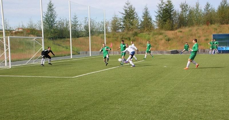 Девять команд приняли участие в юбилейном 25-м турнире по мини-футболу на призы старательской артели «Кривбасс»