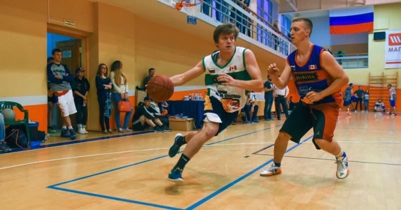 Магаданцев приглашают поучаствовать в открытом турнире по стритболу для любительских команд, который пройдет 2 сентября