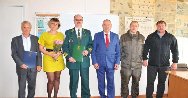 Мэр Магадана Юрий Гришан поздравил работников лесного хозяйства с  предстоящим профессиональным праздником