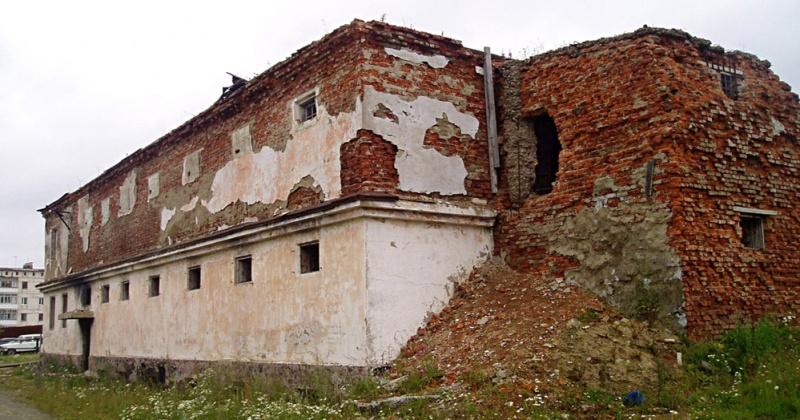 Один из важнейших проектов Колымы - создание мемориального объекта на месте сохранившегося здания пересыльной тюрьмы на сопке Крутой