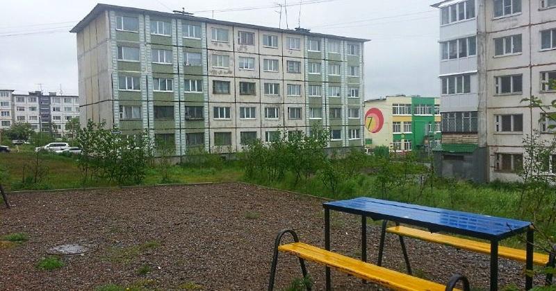 В Магадане принимают заявки от жителей многоэтажек на благоустройство придомовых территорий