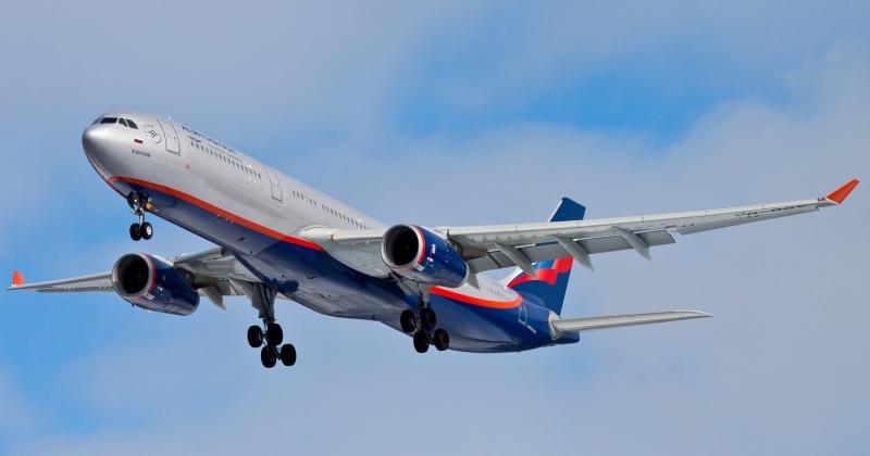 Правительство России получило сделать авиаперевозки на Дальний восток дешевле