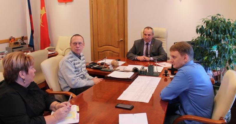 К работе в отделении почты в Соколе готовятся два сотрудника