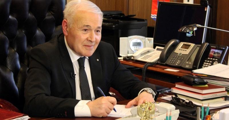 Владимир Печеный: «Авторитет региональных СМИ повышает не только общую культуру, но и делает Колыму открытой миру»