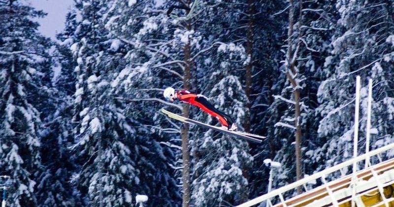 Магаданка Александра Кустова выступит в Пхенчхане в составе сборной по прыжкам на лыжах с трамплина
