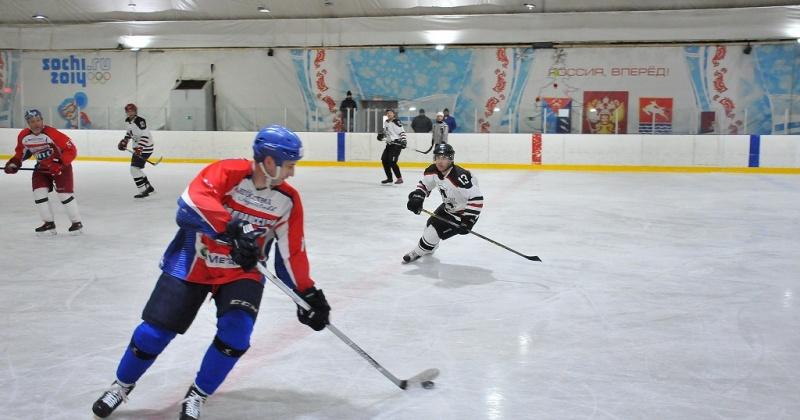 Команда «Нордтрансстрой» выиграла «золото» в открытом чемпионате Магадана по хоккею с шайбой сезона 2017-2018