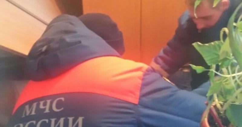 Магаданские спасатели помогли пожилой женщине