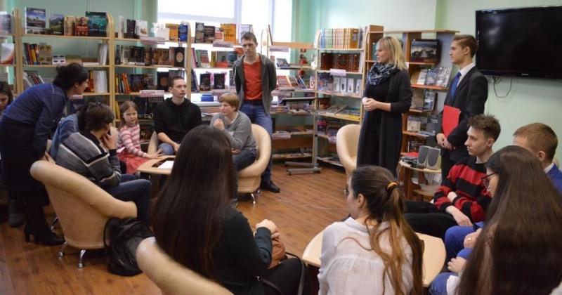 День поэзии в юношеской библиотеке Магадана отметили культурной акцией «Ночь поэзии»