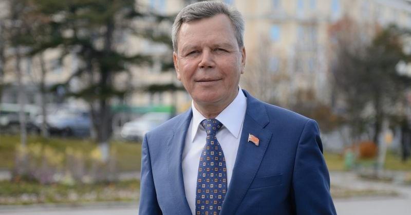 Сергей Абрамов поздравляет колымчан с Днем российского парламентаризма