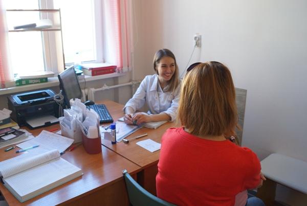 Проект «Здоровое будущее» проверил состояние детской больницы и поликлиник на Колыме