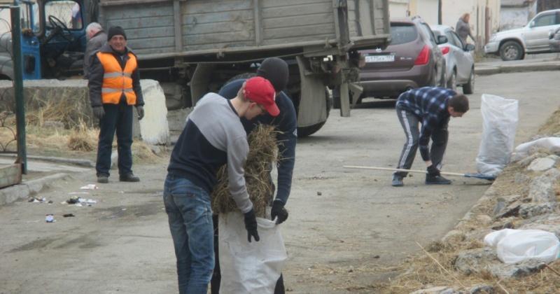 Более 300 участков города очистят от мусора магаданцы