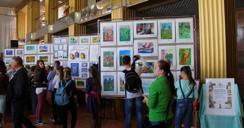 Ежегодная выставка-конкурс художественного творчества «Мой дом. Мой двор. Мой город Магадан» пройдет в областном центре 31 мая