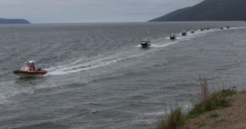 В акватории бухты Нагаева прошел ежегодный смотр маломерного флота