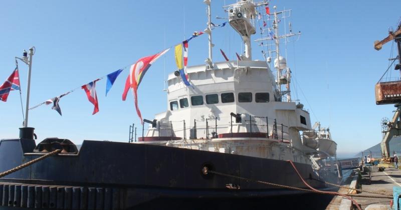 Порт Магадана посетил ПСКР «Магаданец»