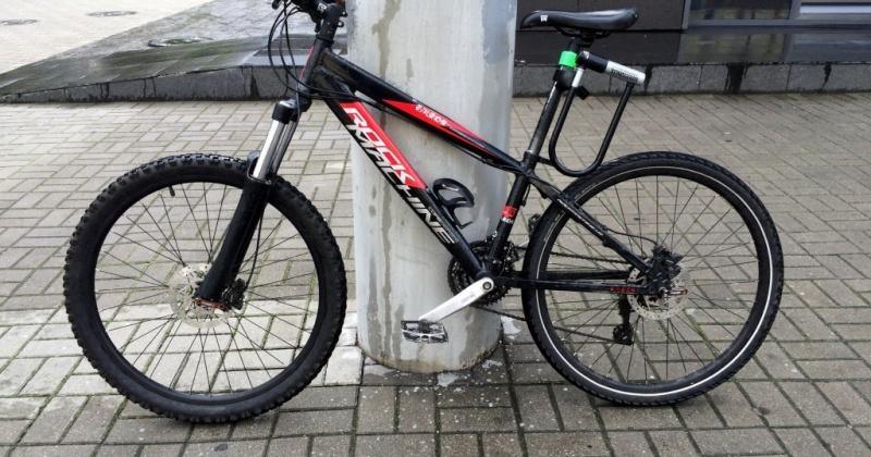 Верный способ защиты от кражи - не оставлять велосипед без присмотра