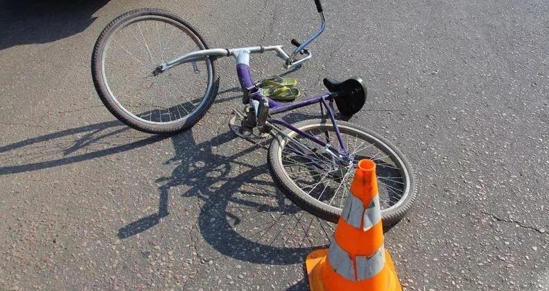 Водитель в Магадане сбил велосипедиста