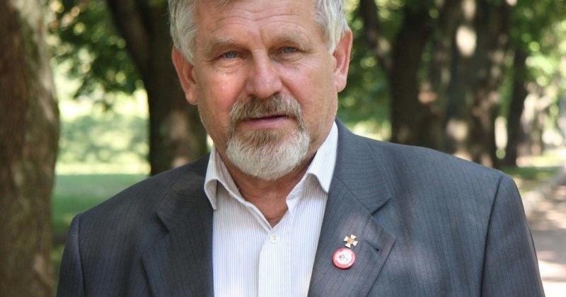 Бороться с алкоголизмом магаданцам поможет Владимир Жданов
