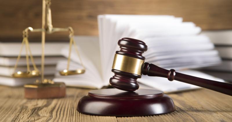 Управление юстиции поздравляет юристов Колымы и Чукотки с профессиональным праздником