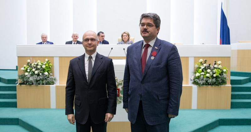 Сенатор Анатолий Широков награжден медалью ордена  «За заслуги перед Отечеством»
