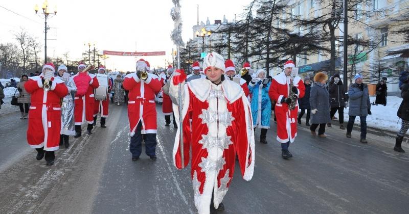 Новогодний поход в 2019 год: в Магадане пройдет традиционное шествие Дедов Морозов