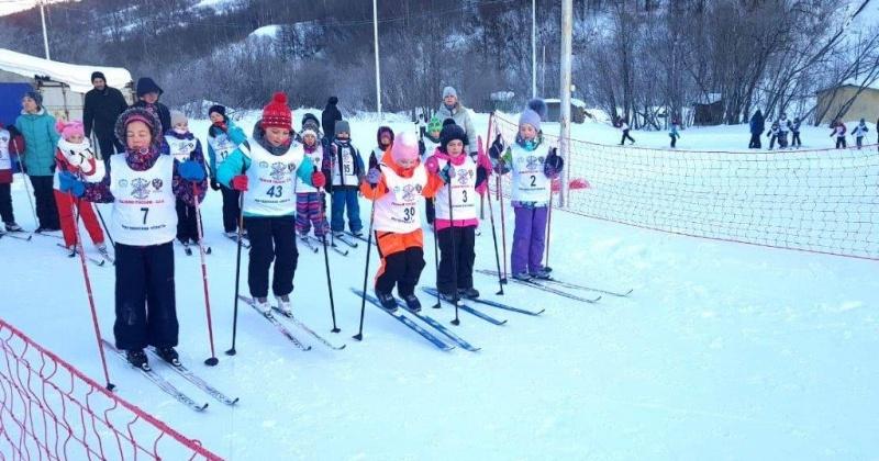 Новогодние старты, прошедшие накануне в РГШ-Магадан, собрали порядка 70 спортсменов