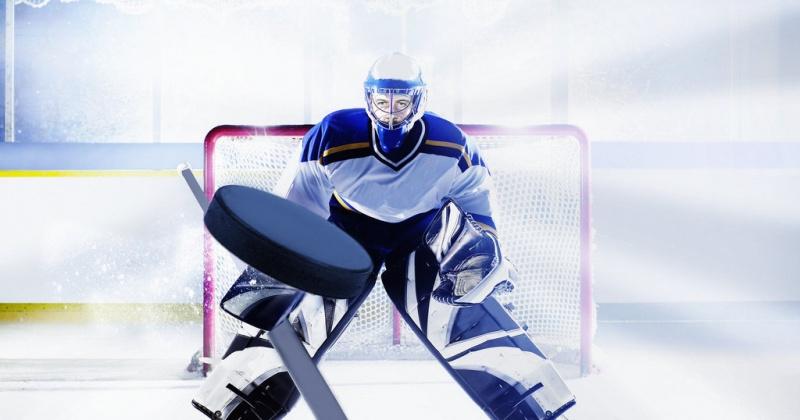 В Магадане полным ходом идёт городской чемпионат по хоккею с шайбой