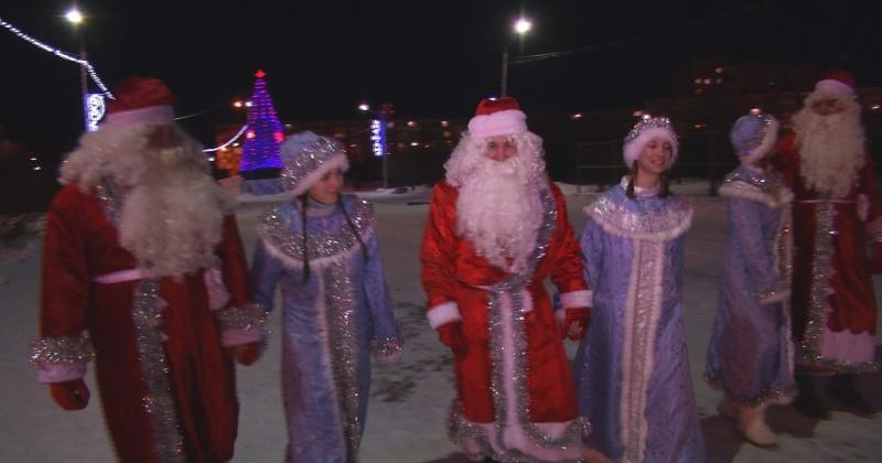 В округе Михаила Тумашова стартовала ежегодная акция Дед Мороз от депутата