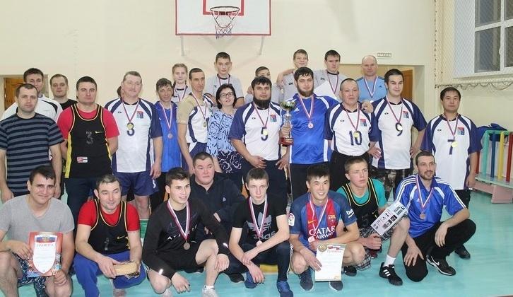 Евгений Салтанов поддержал «Кубок побережья» по волейболу