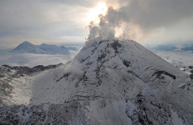 Колымское УГМС: пепловое облако от камчатского вулкана Безымянный в настоящее время не угрожает Магаданской области