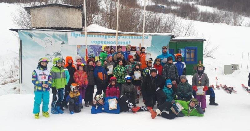 Соревнования памяти Евгения Дудко прошли в Русской горнолыжной школе