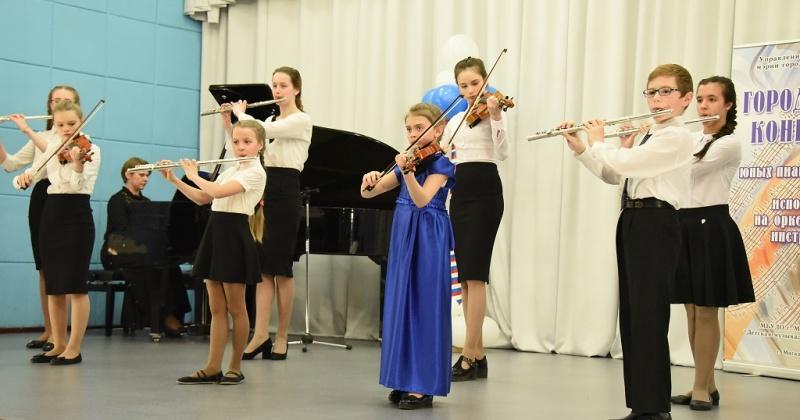 Фестиваль классической музыки, музыкально-теоретическая олимпиада, конкурс исполнителей на народных инструментах