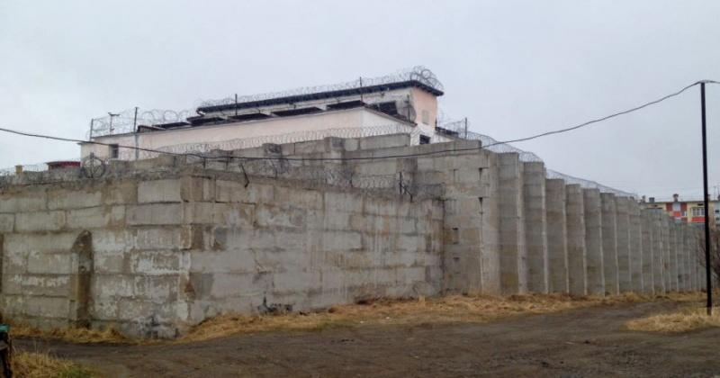 Соблюдение законов при исполнении уголовных наказаний проверила прокуратура Магаданской области