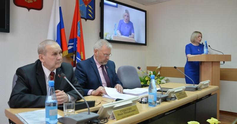 Андрей Зыков рассказал о принятых в прошлом году социально значимых законах и решениях