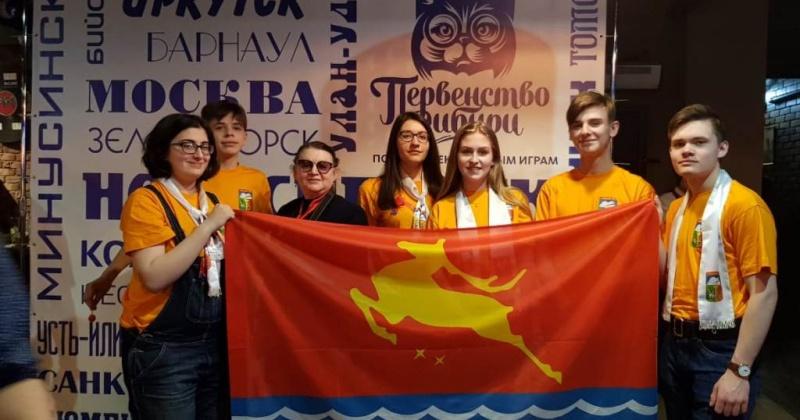 Учащихся магаданской гимназии № 13 в составе команды «Гимн» представили Магадан на XVIII Первенстве Сибири по интеллектуальным играм