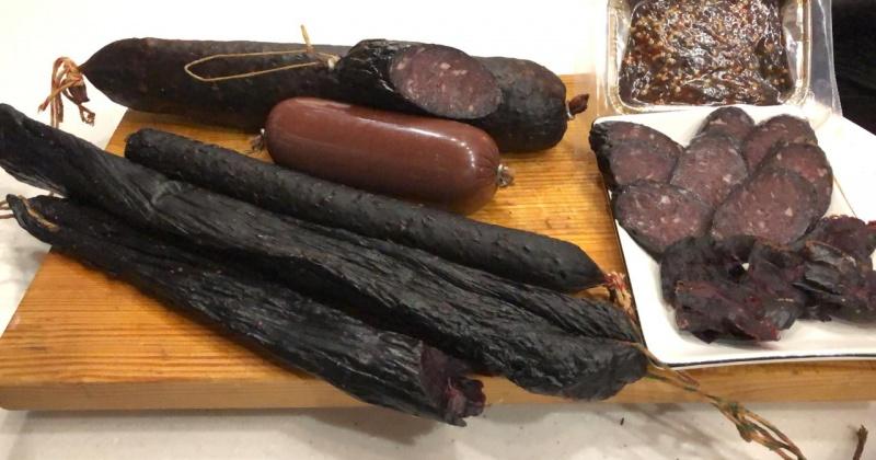 Впервые в Магадане запустили производство колбасы из морских млекопитающих – тюленей