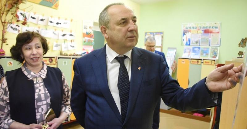 Фасад одного из лучших детских садов Магадана приведем в порядок в 2020 году – Юрий Гришан