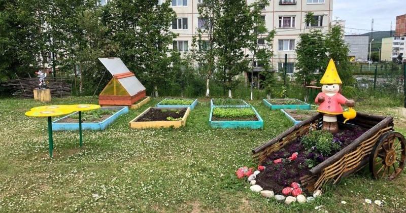 Свои работы городские цветоводы-декораторы и озеленители посвятят юбилеям Магадана