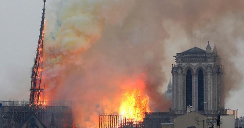 Россиян призвали пожертвовать деньги на восстановление Нотр-Дам-де-Пари