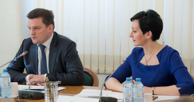 Оксана Бондарь предложила гендиректору Почты России принять деятельное участие в решении отпускной проблемы сотрудников-колымчан