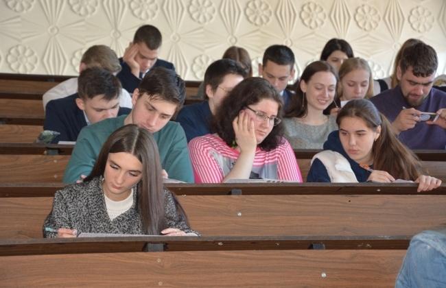 Колымчане прошли тест на знание истории Великой Отечественной войны