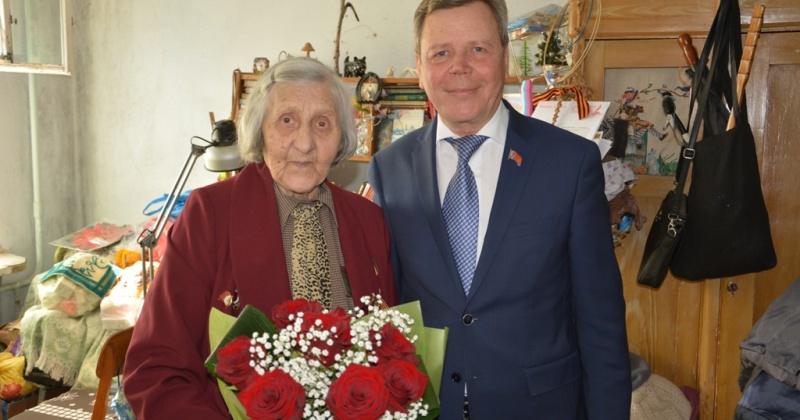 Сергей Абрамов поздравил ветеранов Великой Отечественной войны с наступающим Днем Победы