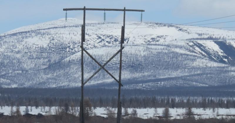 Магаданэнерго ремонтирует важную для горнодобывающих предприятий ЛЭП