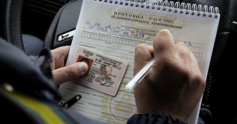 Состоявшие на учёте у врача-психиатра трое жителей Колымы управляли автомобилем