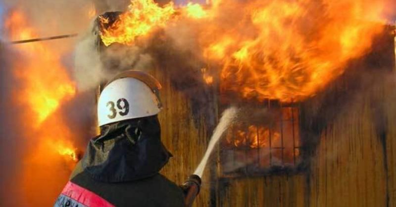 Магаданские пожарные ликвидировали загорание частной бани