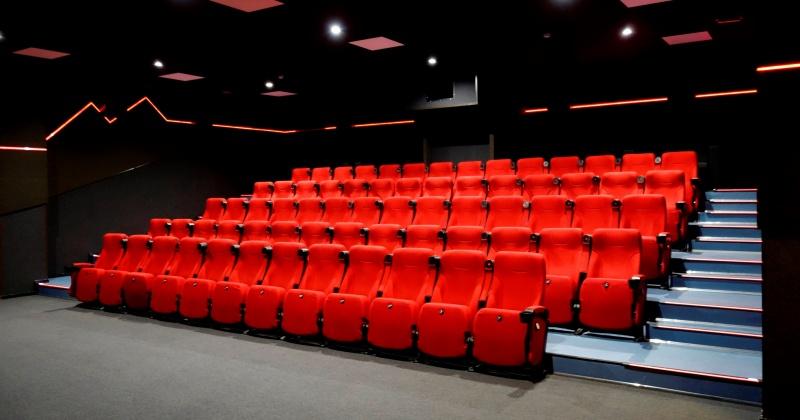 Двум кинозалам Магаданской области федеральный бюджет выделил по пять миллионов на модернизацию